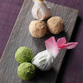 Fusion Chocolate of Western or Japanese Styles Sweets