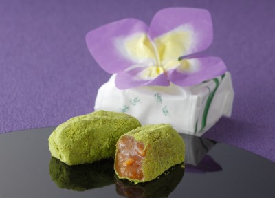 Early Summer Wagashi  Expresses a Shobu(Iris) Flower